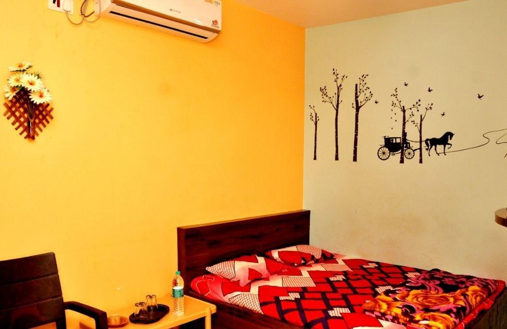 rooms near tarkarli malvan