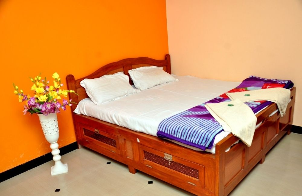 rooms near wairy beach